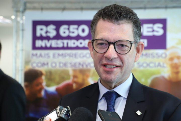 Diretor-presidente da Invest, Eduardo Bekin